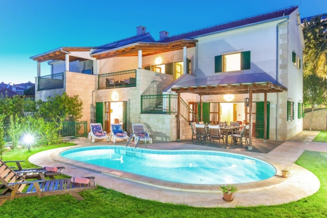 Villa Dane with private pool at night time